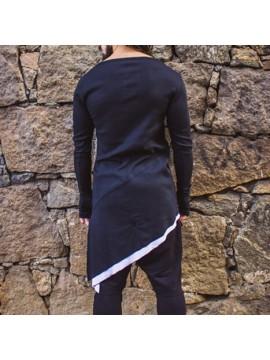 Diagonal long-sleeved Tee